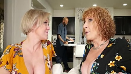 Divorced MILF Dee Williams And Her Friend Sara Jay Fuck The Cable Guy!