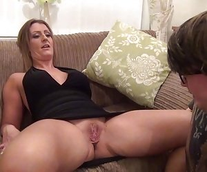 Young guy finally gets to finger Missy Kink while she moans